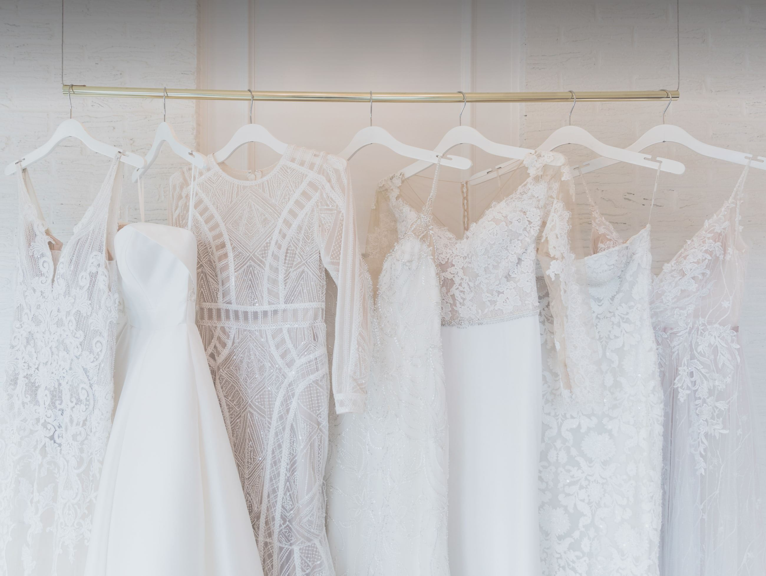 Bridal Extraordinaire Wedding Dresses in Shawnee, Kansas